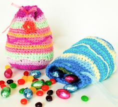 Try something different this year and hide all the candy in these Easter Egg Treat Bags!  Check out the crochet pattern by @petalstopicots - would be a great project for Ice Creams!