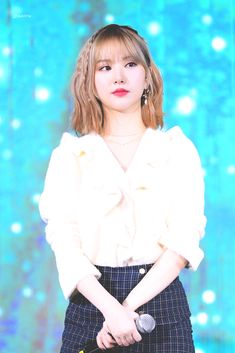 Photo album containing 15 pictures of Eunha G Friend, Showgirls, South Korean Girls, Asian Girl, Pin Up, Actresses, Female, Pretty, How To Wear