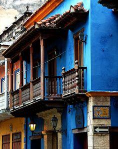 more Cartagena colors,balcony,...Colombia