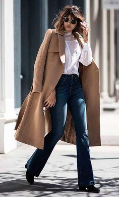 Street style look com óculos redondo                              …