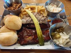 Barbecue Platter - Two Bears Market located in Daegu South Korea [OC] [4160x3120] - see http://www.classybro.com/ for more!