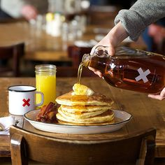 sunday morning glory! get yer Big Jug of grade A maple syrup. A half gallon of goodness that ships free until midnight tonight.