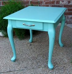 {we have this end table and a round one.. oh Queen Anne makes me sick... I'm going 'green' on them} thanks for the idea Facelift Furniture: August 2011