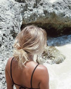 lazy day at the beach Messy Hairstyles, Summer Hairstyles, Pretty Hairstyles, Hairstyles Videos, Formal Hairstyles, Straight Hairstyles, Wedding Hairstyles, Baddie Hairstyles, Everyday Hairstyles