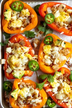This delicious baked Uncured Bacon & Egg Scramble Bowl Stuffed Peppers recipe is perfect for a fast, healthy and low carb breakfast option. Serve them for breakfastmid-week or at a large weekend brunch. What is better than a breakfast that is not only healthy and delicious but also looks gorgeous? Not much, in our opinion. …