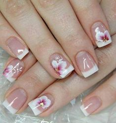 This is a very nice Trendy Nail Arts Design in nude or pastel colors with rhinestone or diamond or glitters , It gives sophisticated and luxurious looks in your nails. Its just enough glitz to have a stylish yet not overbearing nail art design. Cute Nails, Pretty Nails, My Nails, Hair And Nails, Beautiful Nail Art, Gorgeous Nails, French Nail Designs, Nail Art Designs, Latest Nail Designs