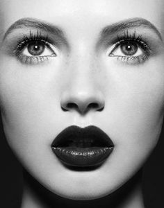 gorgeous model black and white high  fashion photography   beutiful, black and white, fashion, girl, lips - image #400705 on ...