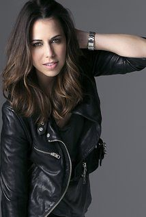 Laura Bailey - voice-over credits include Bianca Davri, Dagna, and Additional Voices in Dragon Age: Inquisition. Ensign Rodriquez, Dr. Eva Coré, Oriana Lawson in Mass Effect 3. Fetch in Infamous: Second Son.