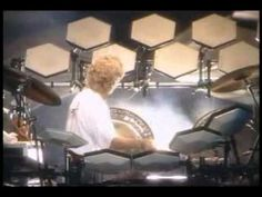 Bill Bruford Drum Solo. - YouTube