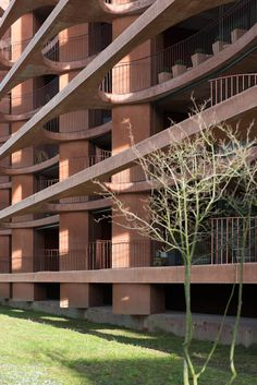 Valerio Olgiati - Schleife residential building, Zug 2012