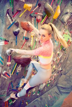 I'm a member of the MPHC Climbing Gym and I try to go to the gym a couple of times a week. Photo Projects, Outdoor Adventures, Going To The Gym, Leggings Fashion, Climbing, Fashion Beauty, Neon, Couture, Workout