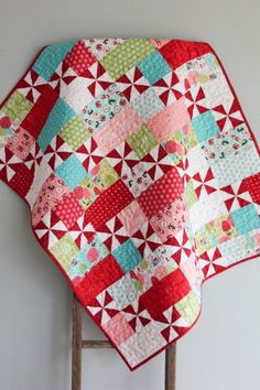Such a pretty quilt! The quilt pattern was designed by Cluck, Cluck Sew and was handmade and machine quilted by Scrappy Quilts, Easy Quilts, Small Quilts, Mini Quilts, Pinwheel Quilt Pattern, Baby Quilt Patterns, Quilt Baby, Quilt Making, Quilting Designs
