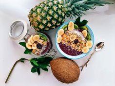 acai berry banana bowl