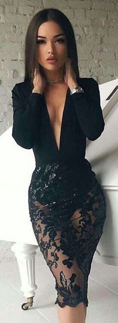 Talk about a sexy date night dress!!! I love it! What a perfect dress to surprise your man with!