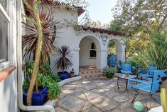 Spanish Courtyard Homes | Romantic Spanish Courtyard