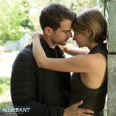 #FourTris will always have each other's backs. #Allegiant ^^^^^clearly they didn't read the book