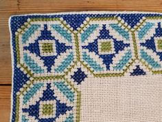 Beautiful 18 x 7 /retro cross stitch / embroidered / tablerunner in linen from Sweden Cross Stitch Geometric, Cross Stitch Borders, Cross Stitch Flowers, Cross Stitch Designs, Cross Stitch Patterns, Palestinian Embroidery, Swedish Weaving, Creative Embroidery, Crochet Tablecloth