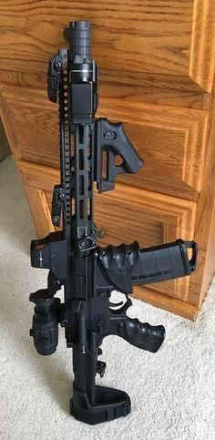 Airsoft hub is a social network that connects people with a passion for airsoft. Talk about the latest airsoft guns, tactical gear or simply share with others on this network Airsoft Guns, Weapons Guns, Guns And Ammo, Custom Guns, Custom Ar, Armas Ninja, Ar Pistol, Cool Guns, Assault Rifle