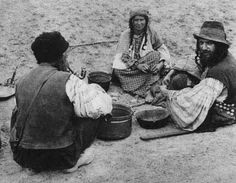 * Romanian Kalderari. The end of 1930s.*