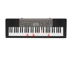 Casio LK165 Lighted Keyboard - This keyboard makes practice fun! Follow the light-up keys to learn to play 110 built-in songs with Casio's Step-Up Lessons -- perfect for beginner pianists.