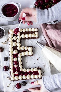 Black Forest Cherry Letter Cake Recipe with Chocolate Biscuit Cherry Sweet . Cookies Et Biscuits, Cake Cookies, Cupcake Cakes, Easy Baking Recipes, Easy Cake Recipes, Alphabet Cake, Cake Lettering, Birthday Cake For Mom, Black Forest Cake