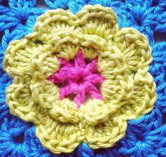 No lugar que chamo Casa...: O passo a passo de uma flor de crochet