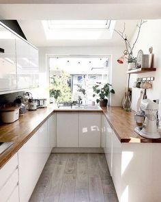 Small Kitchen Renovations, Galley Kitchen Design, Kitchen Room Design, Home Decor Kitchen, Interior Design Kitchen, Home Kitchens, Kitchen Remodel, Kitchen Grey, Narrow Kitchen