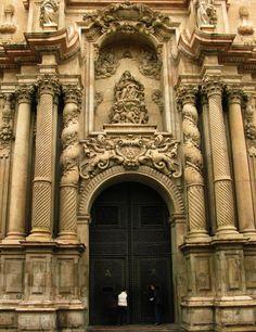 Spanish Baroque Art Basilica of Santa María de Elche (Elche, Alicante, Spain)  Baroque facade by Nicolás de Bussy, 1680-1682.