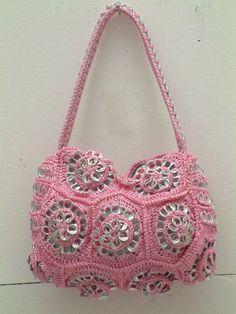 POPTABS ~ http://centralwpsite.com/dlranchgreen.com/wp-content/uploads/crochet%20handbags.jpg