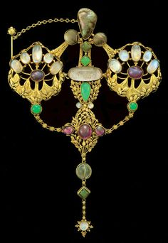 JOHN PAUL COOPER  (1869-1933) A highly important Arts & Crafts jewel  (c. 1908 England) | JV