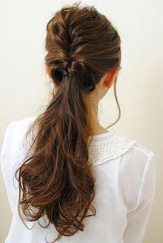 ルーズポニー Mommy Hairstyles, Work Hairstyles, 2015 Hairstyles, Party Hairstyles, Good Hair Day, Great Hair, Wedding Guest Hairstyles Long, Dark Chocolate Hair, Hair Arrange