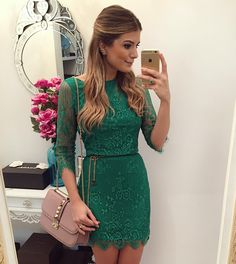 """""""{Green} De @missmaryriopreto Vestido lindo já do lançamento que rola na inauguração dia 28/10 no Fashion Center aqui em Rio Preto! • #lookdodia…"""""""