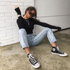Mode Converse, High Top Converse Outfits, Sneakers Mode, Outfit With Black Converse, Converse Style, Wedge Sneakers, Hightop Outfit, Womens Converse Outfit, Chucks Outfit