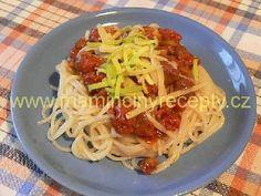 Boloňské špagety Spaghetti, Ethnic Recipes, Food, Bulgur, Essen, Meals, Yemek, Noodle, Eten