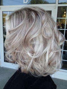 platinum hair with brown lowlights - This color is gorgeous.