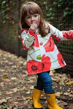 Find a waterproof tablecloth at your local five and dime, and transform it into an adorable raincoat with this tutorial.