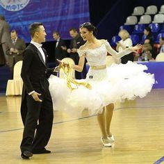 Новое платье от #Sivakova_com в продаже! #dressforsale Огромная благодарность за фото Мельниковой Марине!