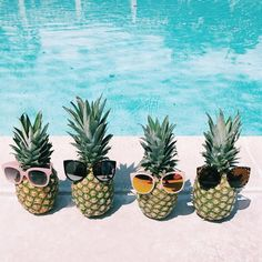 Shooting our Summer lookbook today! 😎🍍 Watch our story for behind the scenes!