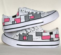 New Fashion Colorful Printed Canvas Sneakers on BuyTrends.com