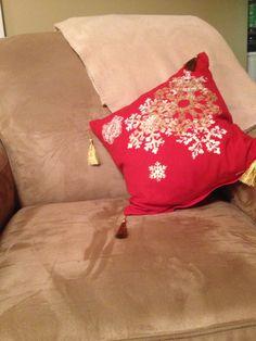 New cushion Cushions, Throw Pillows, Bed, Christmas, Decor, Dekoration, Navidad, Decoration, Stream Bed