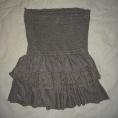 Abercrombie and Fitch ruffle tube top strapless Slightly peplum style sleeveless Abercrombie & Fitch Tops Crop Tops