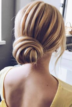 Lovely sleek bridal updo - loving this look!