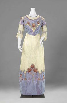 1910, France and the Netherlands - Dress by Anna Maria du Mée - Silk taffeta, lace, floss, metal thread, cotton, crêpe georgette