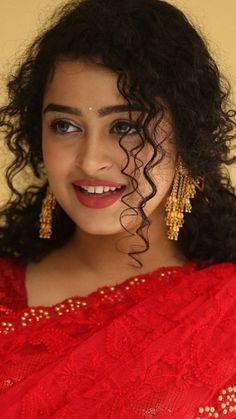 Beautiful Girl Indian, Beautiful Women, Dehati Girl Photo, Girl Body, Indian Celebrities, Bridal Beauty, India Beauty, Hottest Models