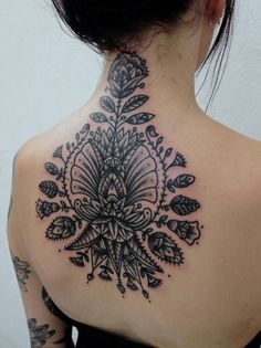 Here is a list of 70 beautiful neck tattoos for girls in Which are unique and beautiful, hope you will like our collection of neck tattoo designs Tattoo Girls, Tattoo Designs For Girls, Girl Tattoos, Tatoos, Crazy Tattoos, Friend Tattoos, Organic Tattoo, Tribal Flower Tattoos, Geometric Tattoos