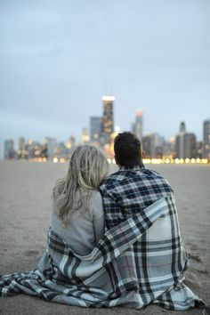Chicago engagement shoot facing the skyline. Erica Rose Photography.