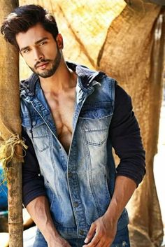 """""""Mr World 2016 (yes it's a thing) is really handsome. Meet Rohit Khandelwal from India. Arab Men, Photography Poses For Men, Indian Man, Stylish Boys, Fine Men, Attractive Men, Good Looking Men, Beard Styles, Moustache"""