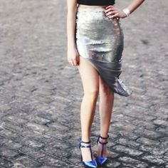 Sarah from Nightlife Chic in the #ShoeCult On Point Pump in Blue (http://www.nastygal.com/shoes-shoe-cult/shoe-cult-on-point-pump--blue)