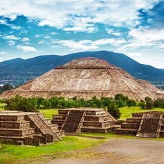 Teotihuacan is one of the most famous archaeological sites in Mexico. The pyramids of the Sun and the Moon are known worldwide!