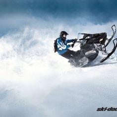Ski-doo Summit 800.